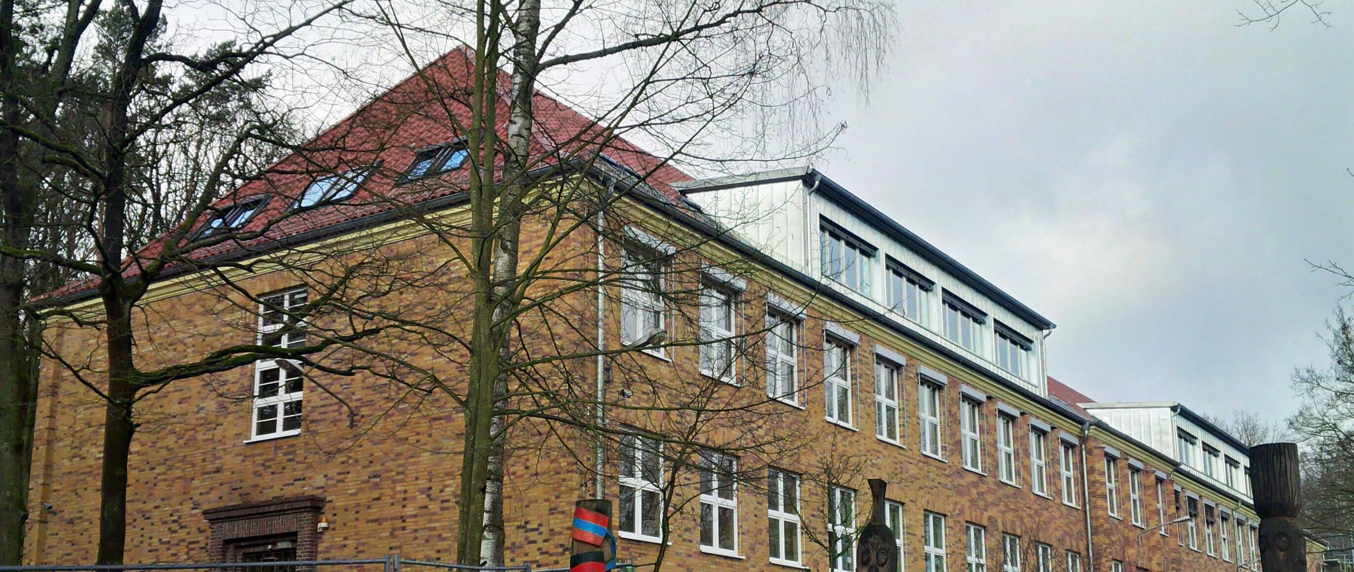 Fertiger Ausbau des Dachs der Grundschule Potsdam