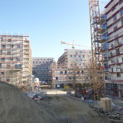 Blick auf die Baustelle - Wohngebäude Karl Holtz Straße