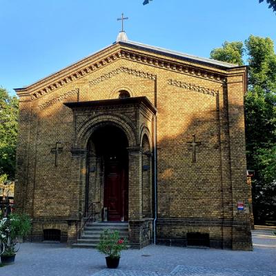 """Saalkirche als Einzeldenkmal/ Begegnungszentrum """"Friedhofskapelle St. Jacobi II"""""""
